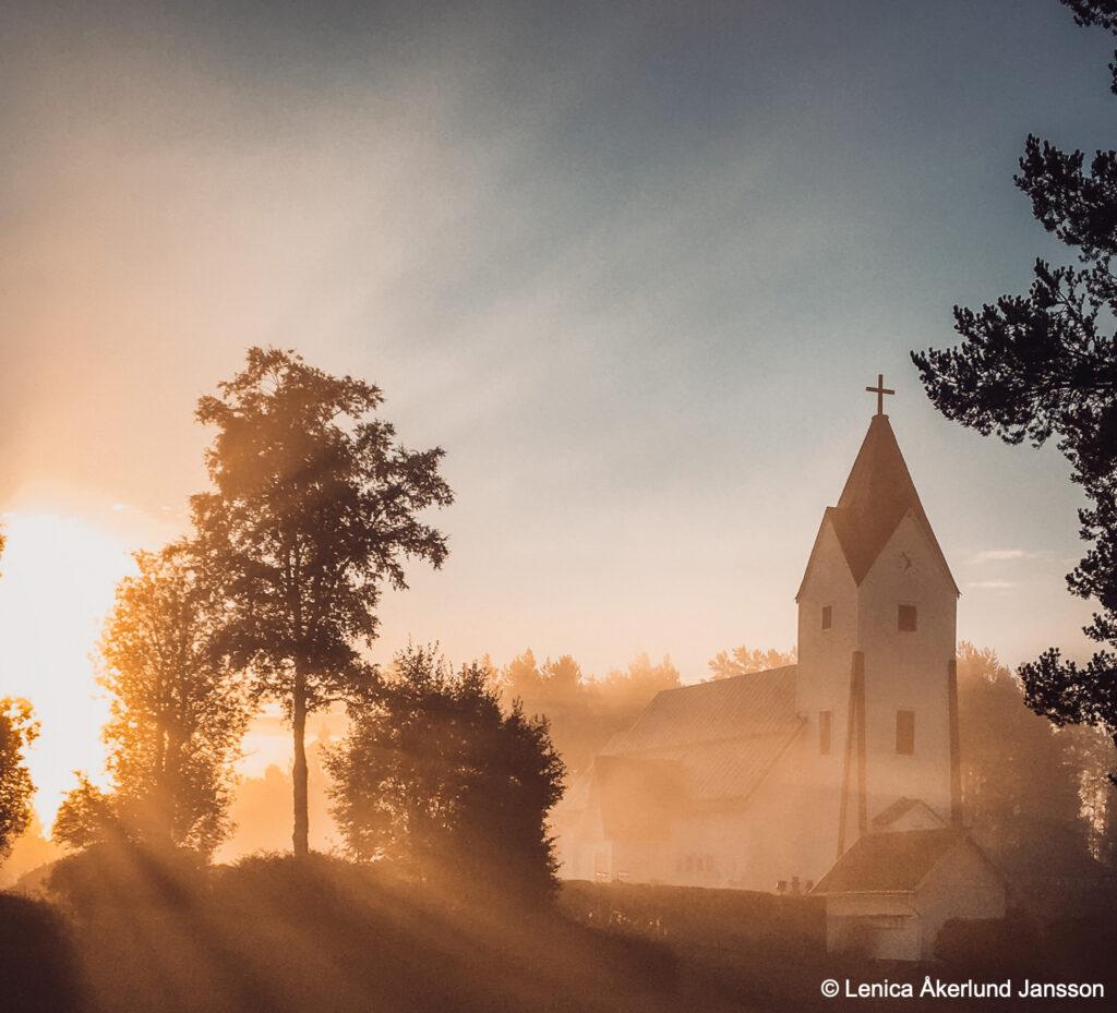 rörbäcksnäs kyrka